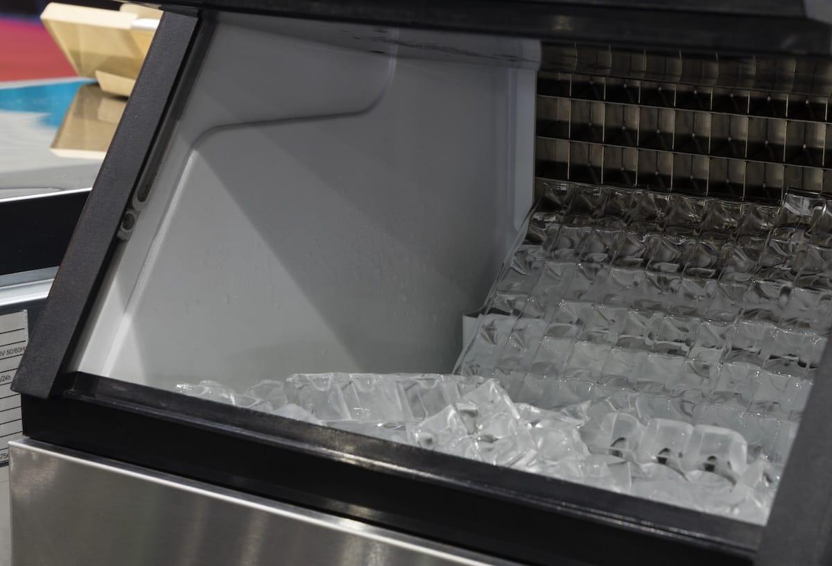 5 Dicas Para Economizar na Produção de Gelo do Restaurante