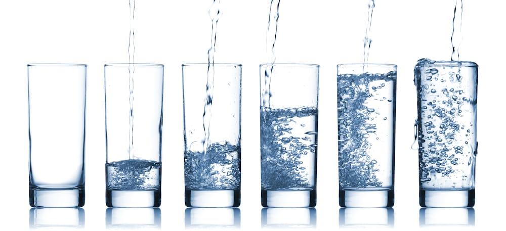 As características físicas, químicas, biológicas e radioativas da água indicam os seus parâmetros de potabilidade