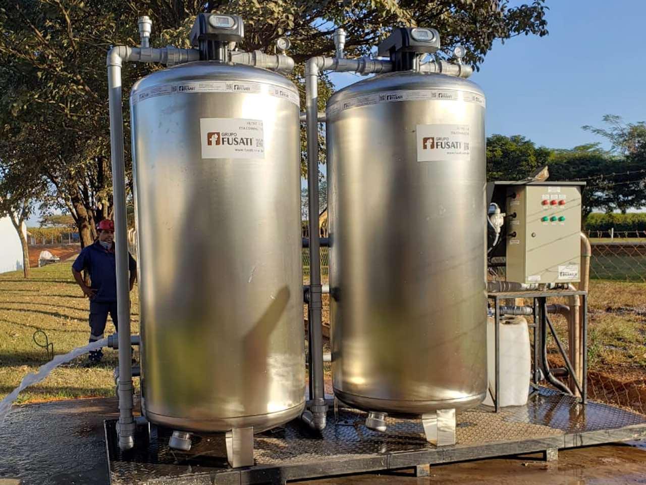O filtro central de água garante uma água filtrada em todos os pontos de consumo das residências, comércios e indústrias.